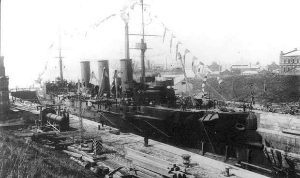 "Крейсер I ранга ""Богатырь"".: modelyard.narod.ru/russian/ships/bogat/bogat_v.htm"